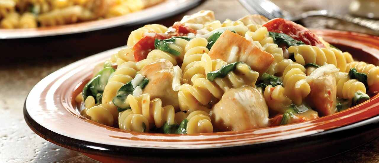 Chicken Fusilli with Spinach& Asiago Cheese